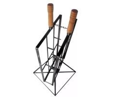 espeto para costela de chão - Fogo de chão Gaúcho - Base Giratória cabo de madeira